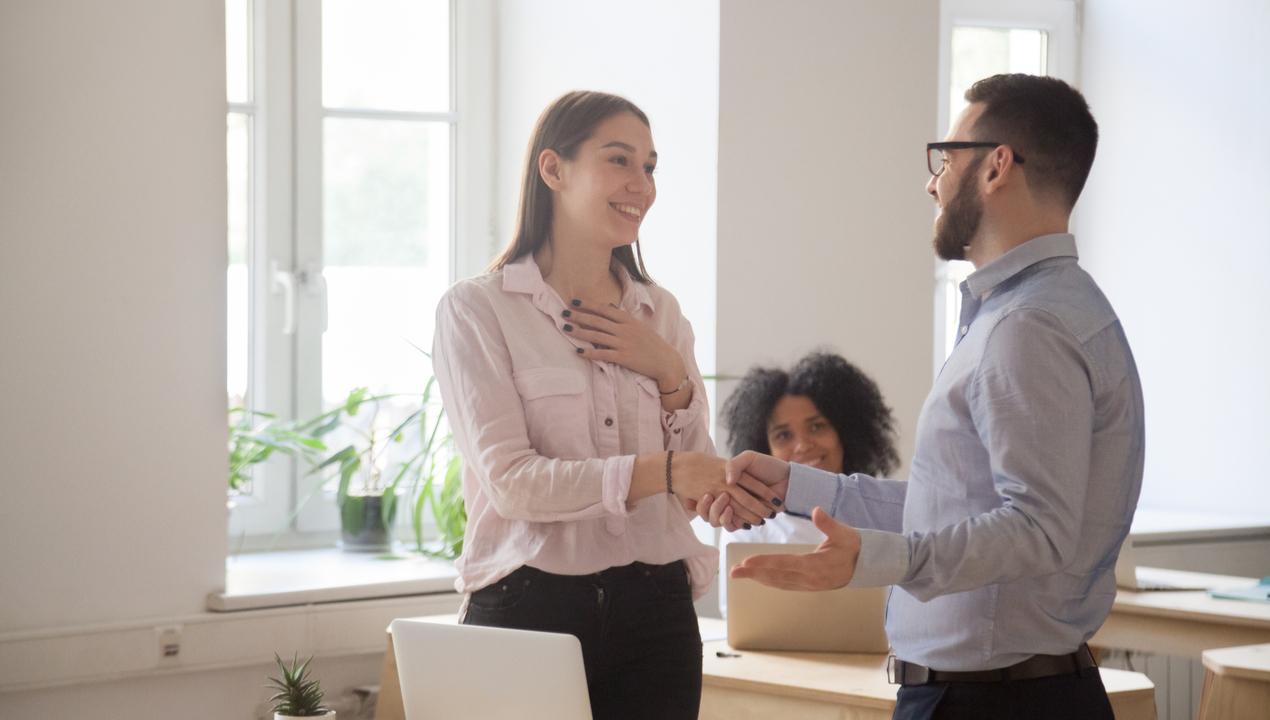 Cómo promover los ascensos y el efecto que tienen dentro de tu compañía